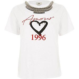 Wit verfraaid T-shirt met 'amour'- en kettingprint