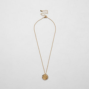 Gold tone battered diamante disk necklace
