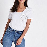 Wit T-shirt met lage hals en hart met imitatieparels