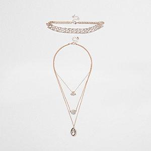 Roségoudkleurige set kettingen met ingelegde diamantjes