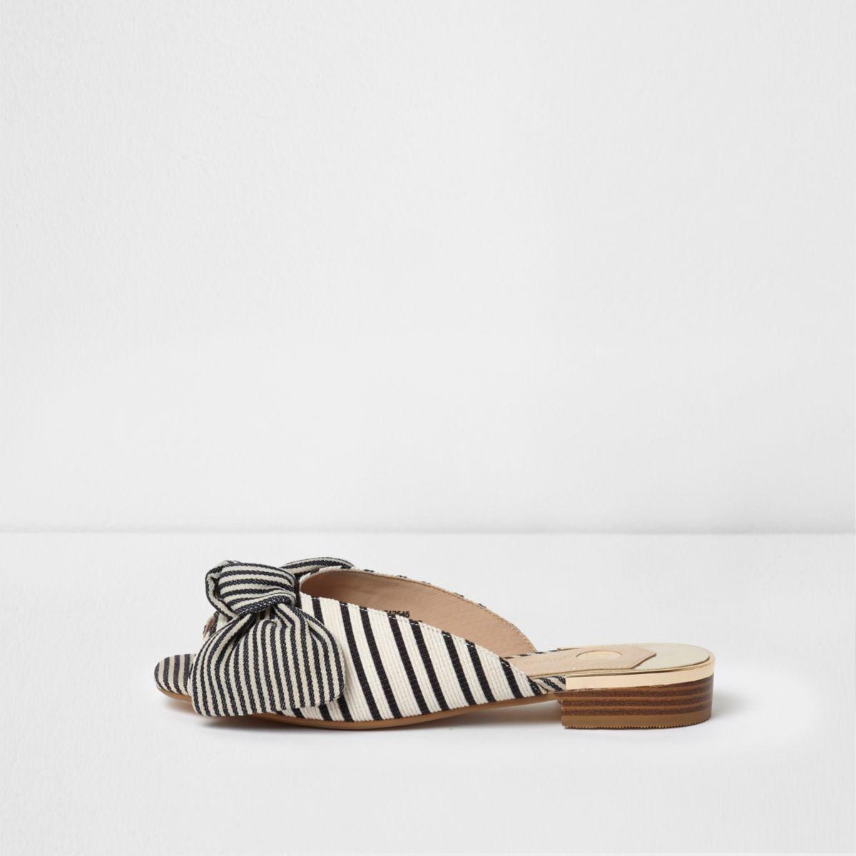 Black stripe print bow mules
