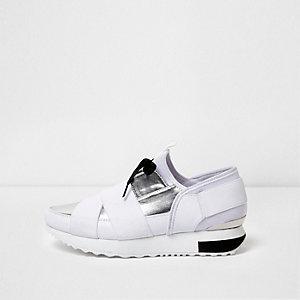 Witte metallic elastische hardloopschoenen