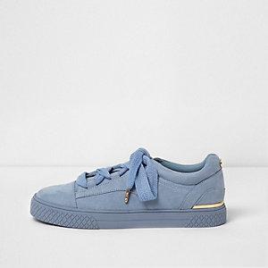Baskets bleu clair avec lacets et semelles épaisses