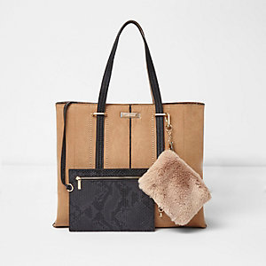 Tan long handle faux fur pouch tote bag