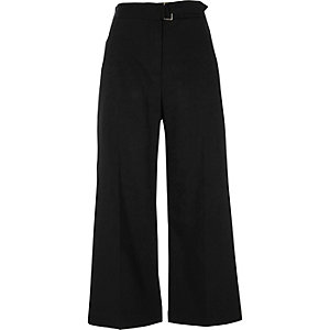 Black D-ring waist culottes