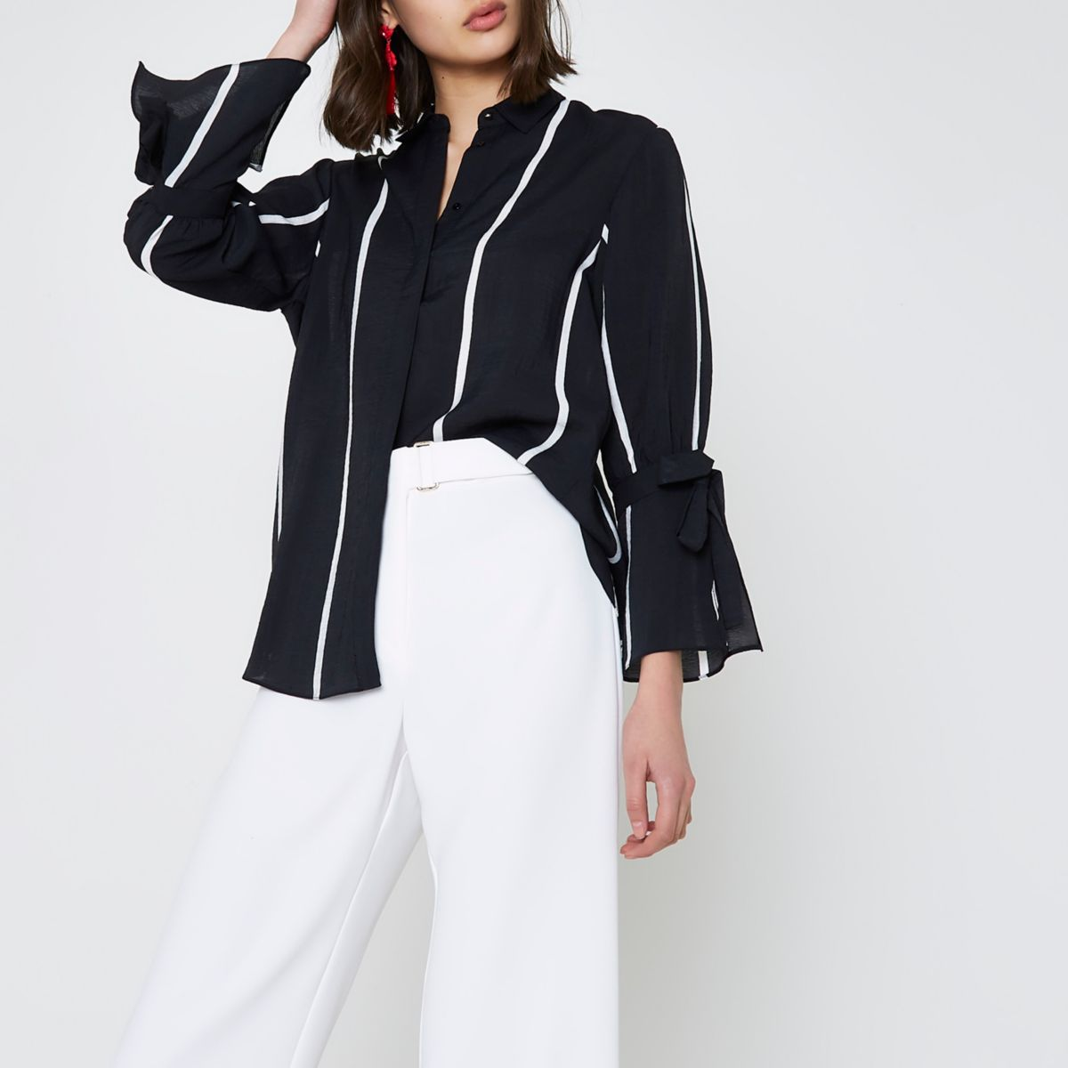 Black stripe print tie sleeve shirt