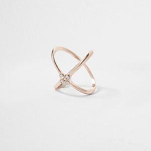 Roségoudkleurige 'kiss'-ring met siersteentjes