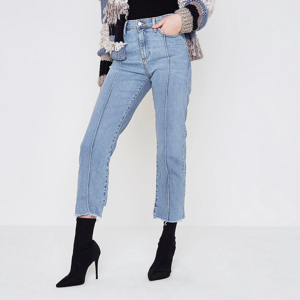 Bella - Middenblauwe jeans met onafgewerkte zoom en rechte pijpen