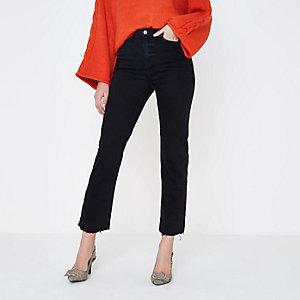 Bella - Zwarte jeans met rechte pijpen en gerafelde zoom