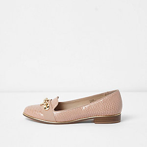 Beige wide fit croc embossed chain loafers