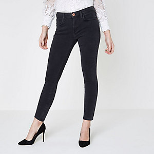 Petite black washed Amelie super skinny jeans