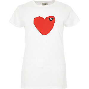 White heart front 'RI' short sleeve T-shirt