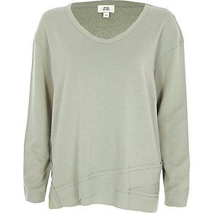 Sweatshirt in Khaki mit U-Ausschnitt