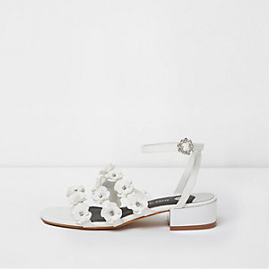 White 3D flower strappy sandals