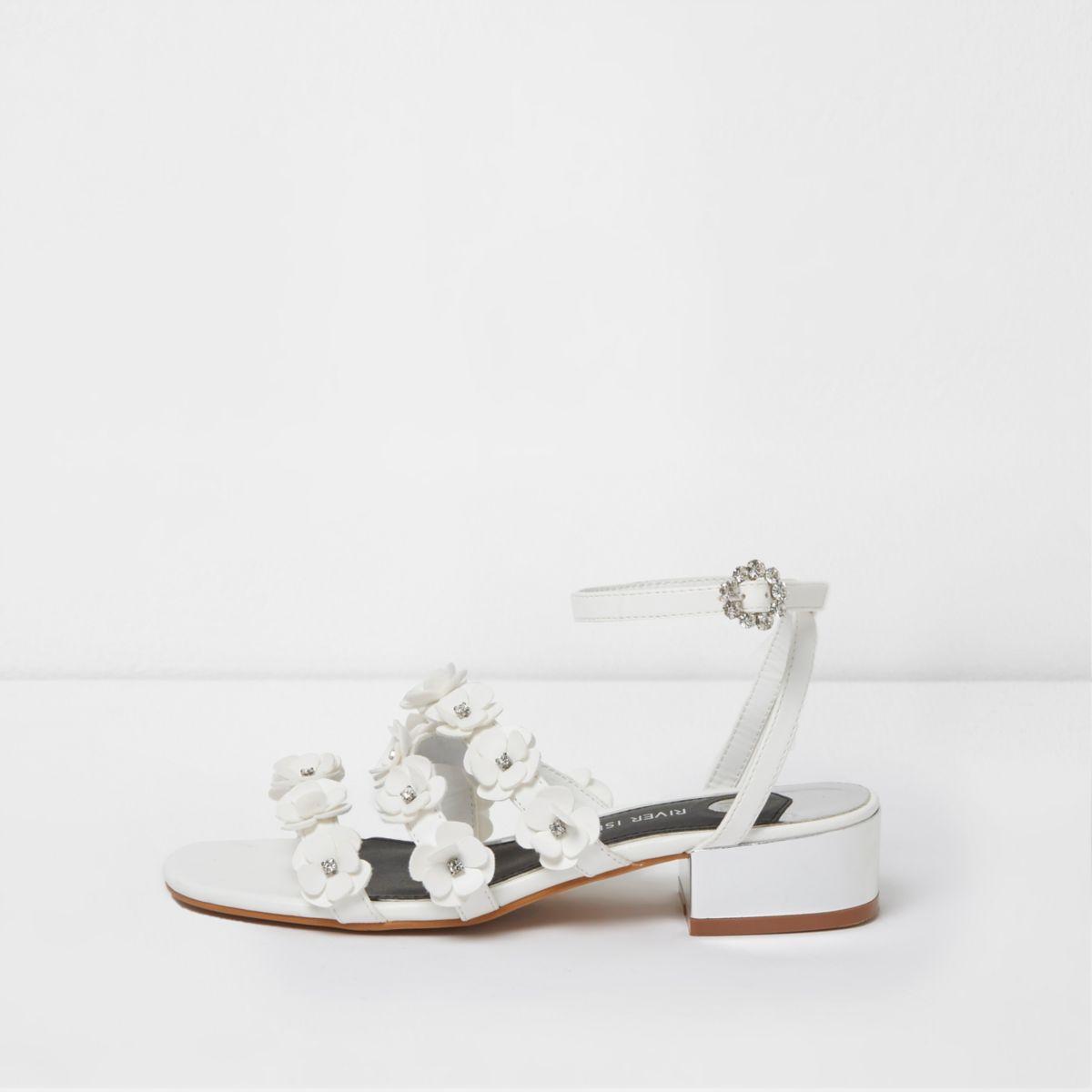 White 3D flower strappy sandals