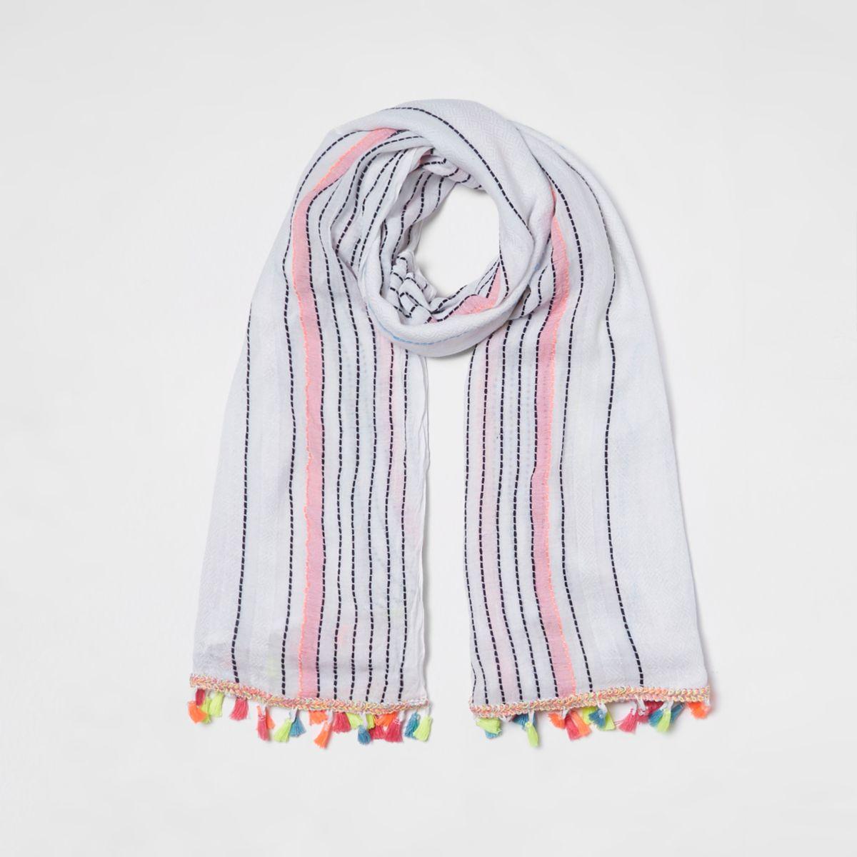 White stripe print tassel trim scarf