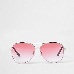 Pilotenzonnebril met rode glazen met kleurverloop