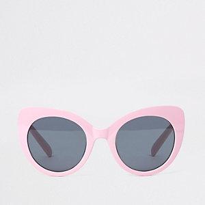 Pink oversized plastic cat eye sunglasses
