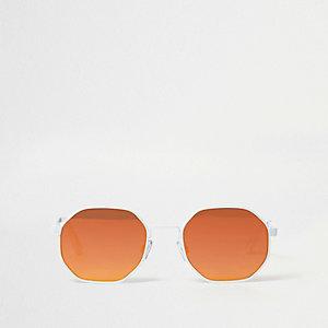 Witte zonnebril met zeshoekige oranje spiegelglazen