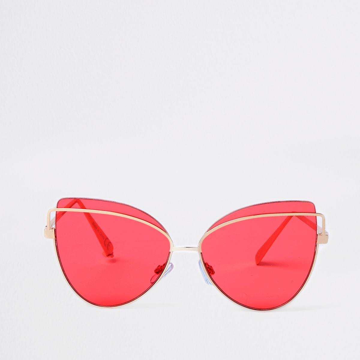Gold tone cat eye pink lens sunglasses