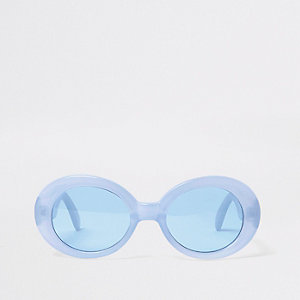 Blaue, ovale Sonnenbrille