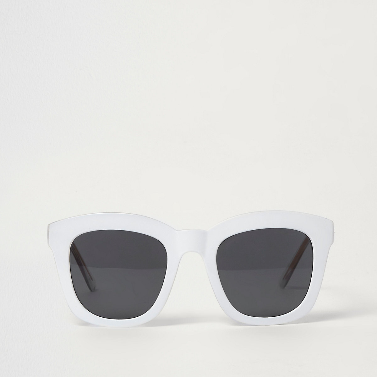 White square glam sunglasses