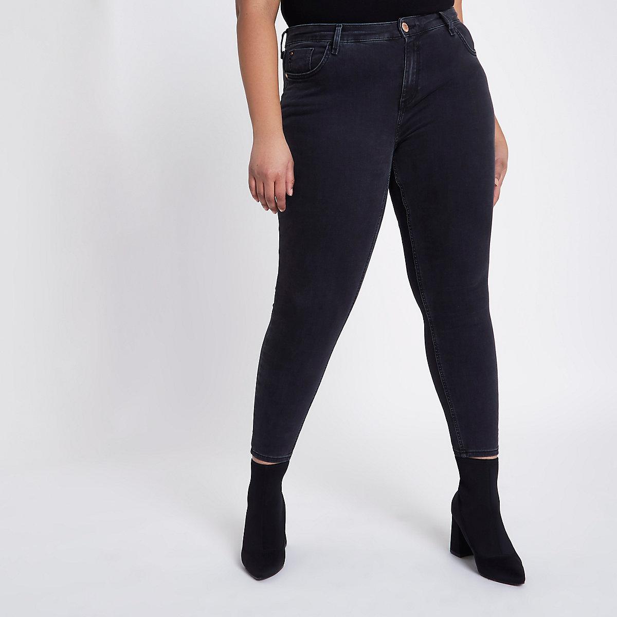 Plus black Amelie super skinny jeans