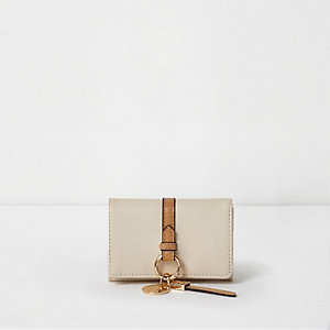 Beige ring front mini foldout coin purse