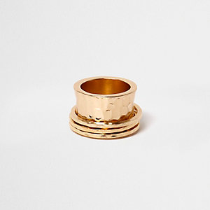 Bague martelée dorée à anneaux tournants