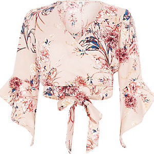 Light pink floral wrap flare sleeve crop top