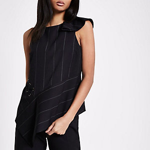 Black stripe eyelet side sleeveless top