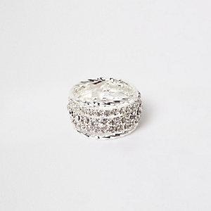 Zilverkleurige ring bezet met stras