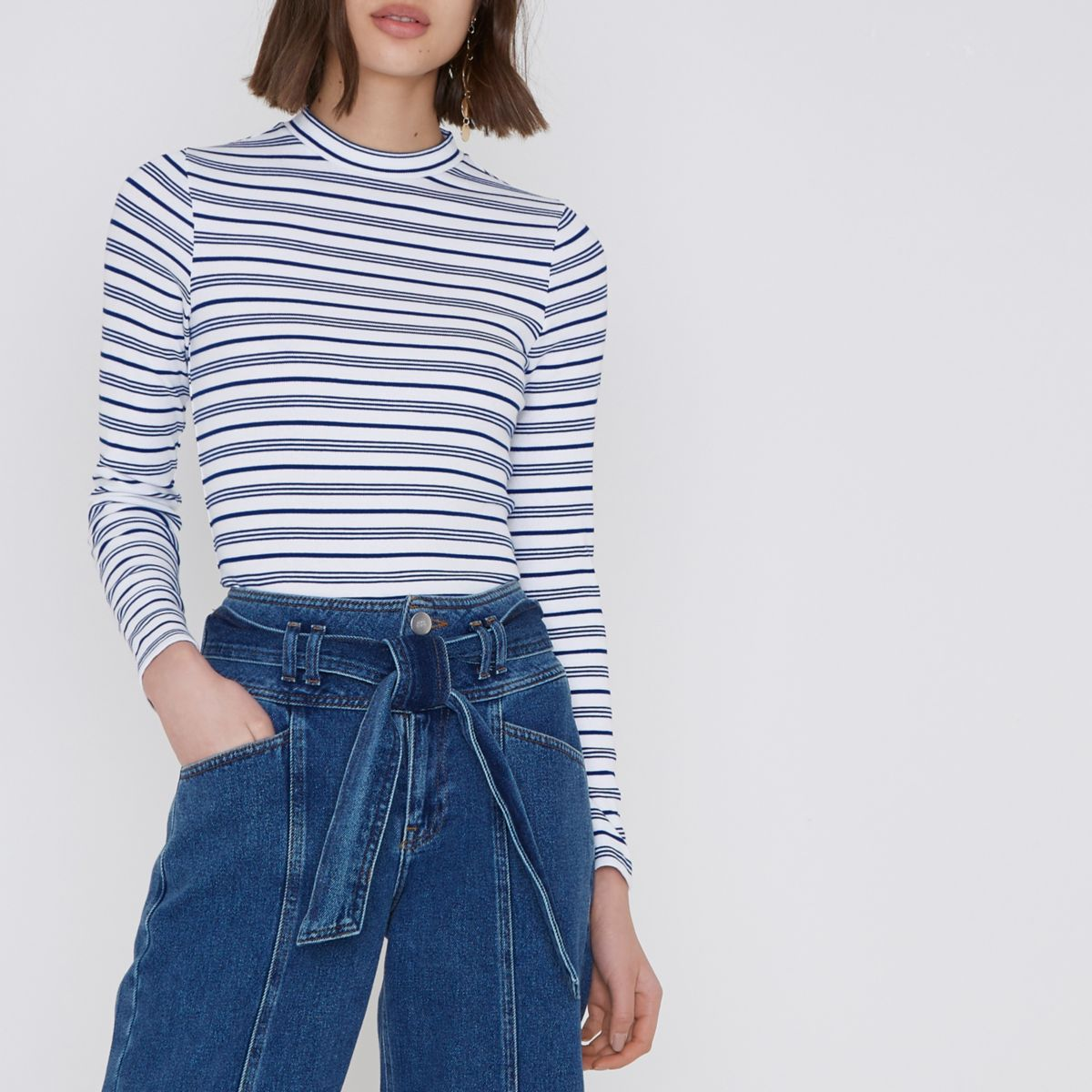 Blue stripe print high neck long sleeve top