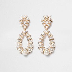 Pendants d'oreilles dorés en goutte d'eau à fausses perles