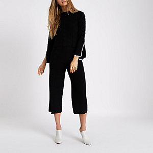 Black cable knit culottes