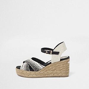 Espadrilles-Sandalen mit Keilabsätzen