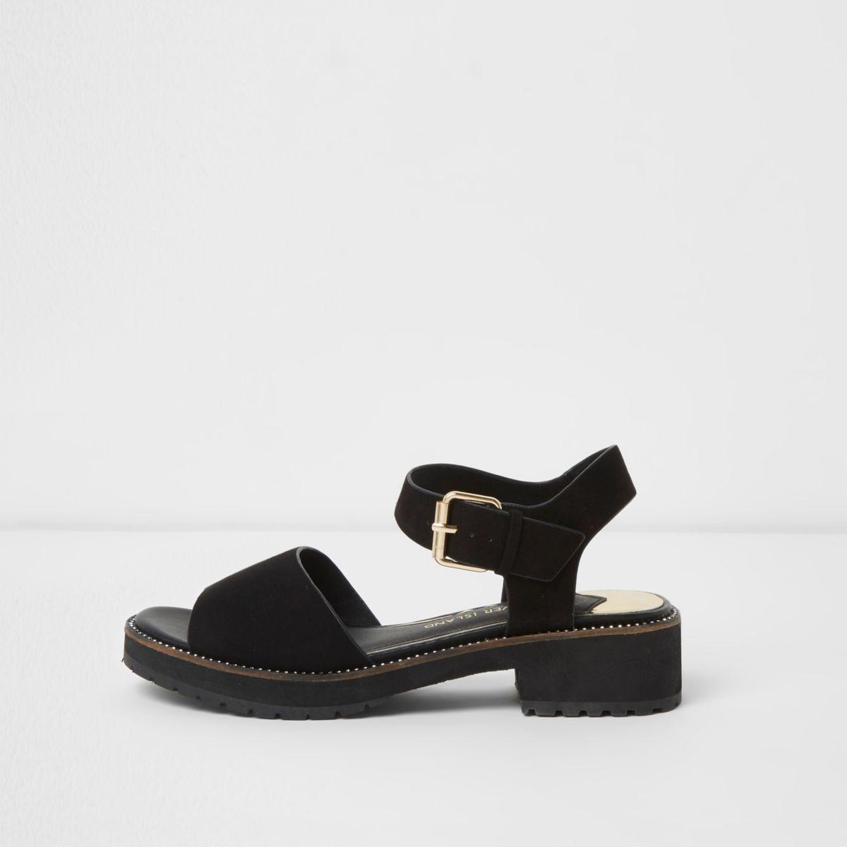 Zwarte sandalen met dikke zool en diamantjes