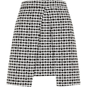 White and black check split front mini skirt