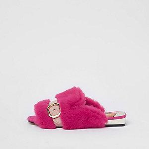 Peeptoe-Loafer aus Kunstfell