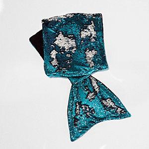 Blue sequin embellished mermaid blanket
