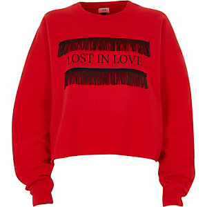 Rood 'lost in love' cropped sweatshirt met franje
