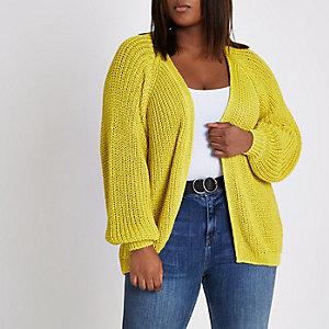 Plus – Gelbe grobe Strickjacke