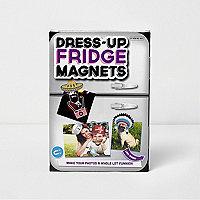 Dress-up fridge magnets