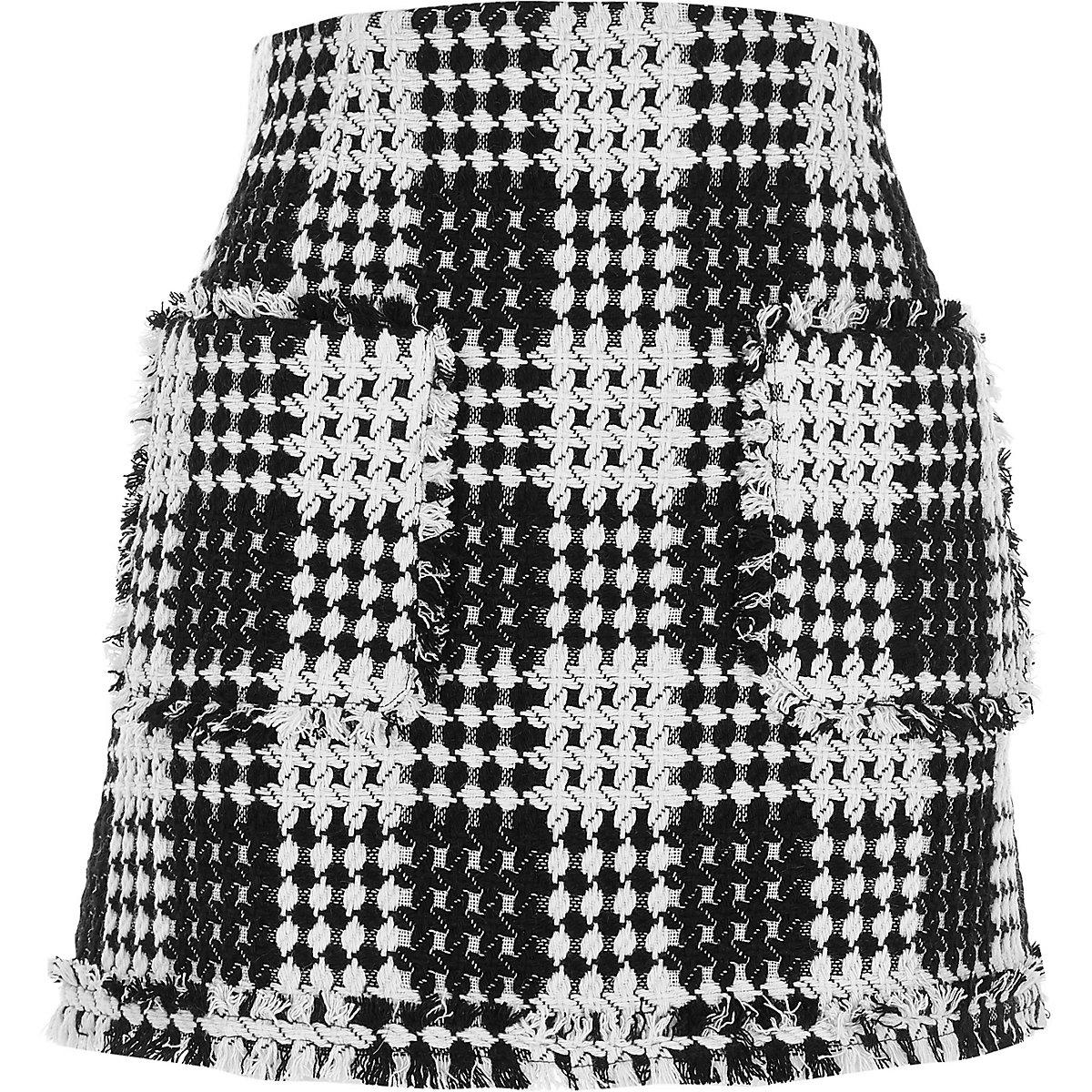 Black and white woven knit mini skirt