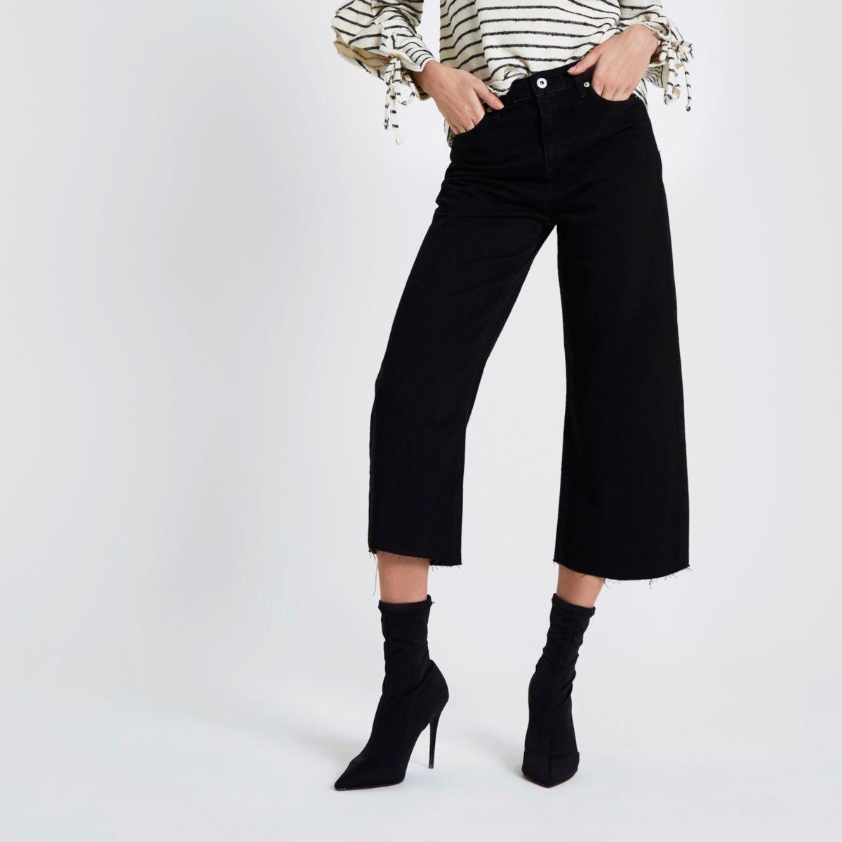 Alexa - Zwarte cropped jeans met wijde pijpen