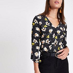 Black floral frill hem button-up crop top