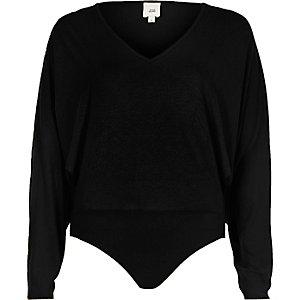 Zwarte bodysuit met vleermuismouwen
