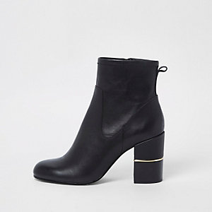 Black leather block heel heel ankle boots