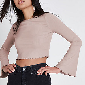 Nude rib bell sleeve frill edge crop top