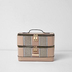 Beige beautycase met metallic paneel